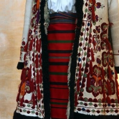 Bistrița costume, Early 20th century, National Museum of the Romanian Peasant, Bucharest, Rumänien